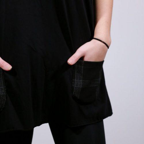 Μπλούζα Α γραμμή V με καρό τσέπες