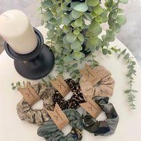 Lovemade handmade Srunches